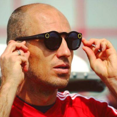Snapchat Spectacles Arjen Robben